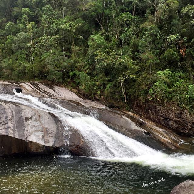 Foto cachoeira do Escorrega